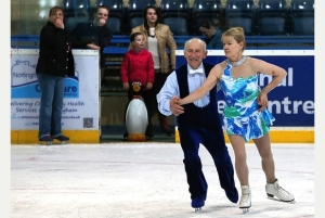 Gentleman figure skating at 80 years old